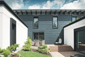 """""""PREFA - Das Dach, Stark wie ein Stier! Das extrem leichte Aluminiumdach. Wartungsfrei, 40 Jahre Garantie, bruchfest, rostsicher, sturmsicher, umweltfreundlich."""""""
